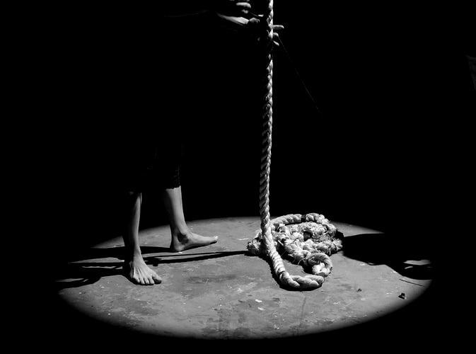 İntihara Yönlendirme Suçu ve Cezası